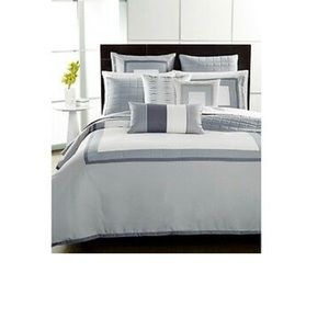 Hotel Collection Twin Comforter, Wrinkle…